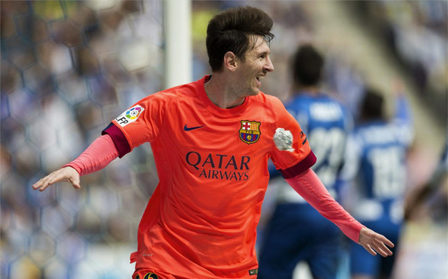 leo-messi-celebrando-gol-ante-espanyol-1429980504702