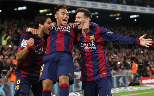 suarez-neymar-messi-celebran-uno-sus-tres-goles-3-1-del-barca-psg-1429720071046