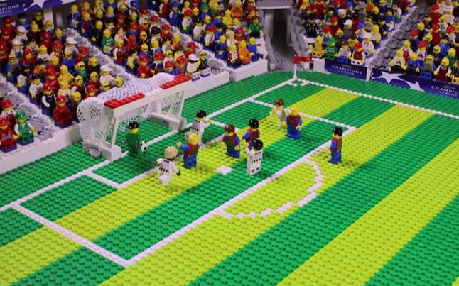 una-jugada-final-champions-lego-1433938968005